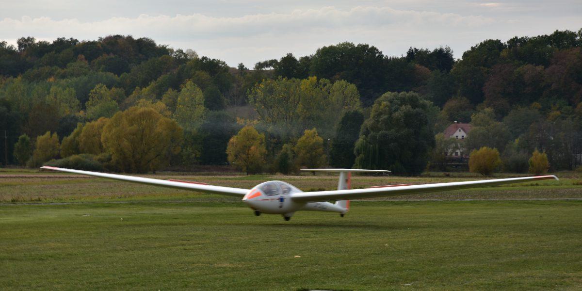 ASK 21 Landung